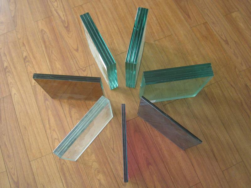 Цветное стекло триплекс