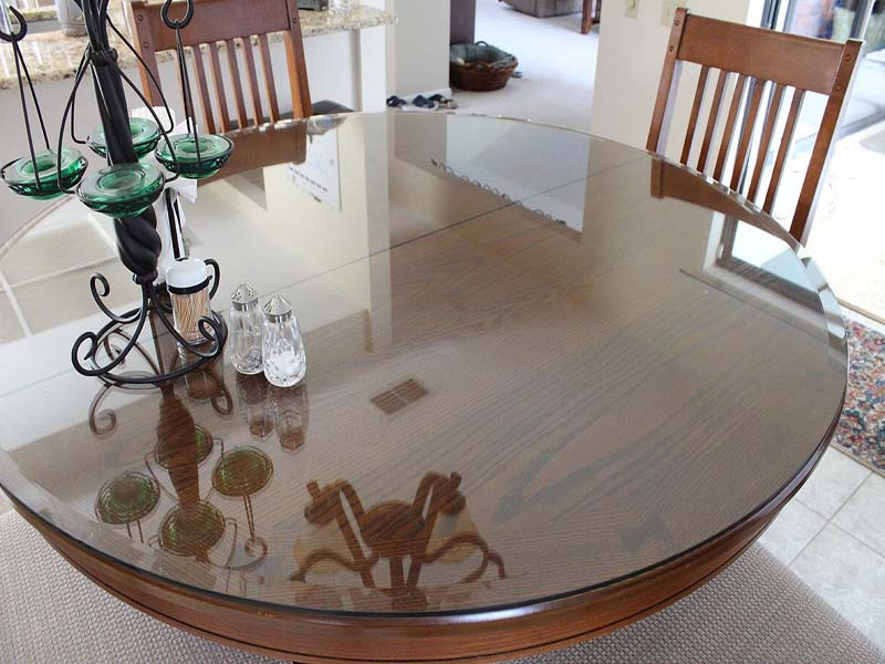 Прозрачное стекло на стол